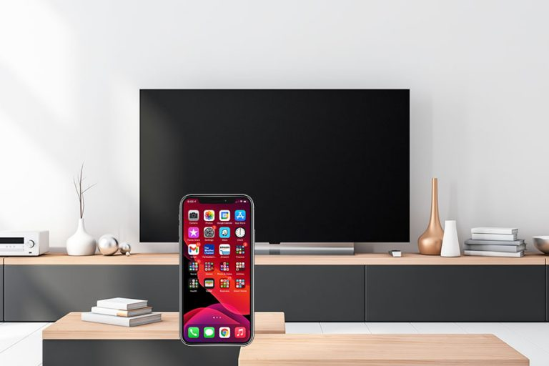 How to Connect Any Phone to a TV Without Wi-Fi - Featured Image - Smaller