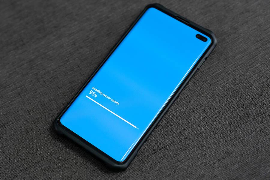 Phone on updating firmware progress screen